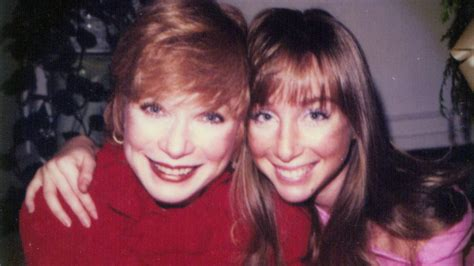 Shirley MacLaine Chose Career Over Me, Daughter Sachi