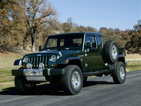 2020 Jeep Gladiator Pickup Truck Leaks Online, Coming With